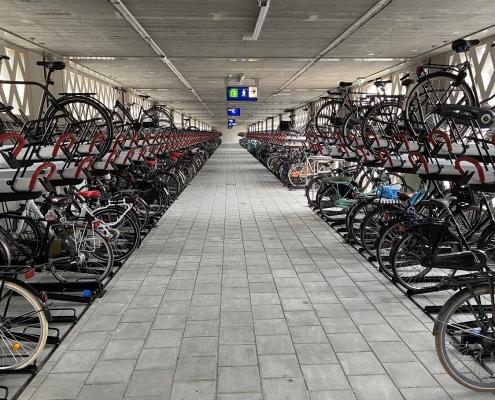 Nieuwbouw-2-laagse-fietsenstalling-station-Gouda