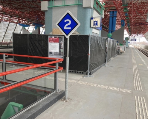 Replacement lift installation Lelystad station